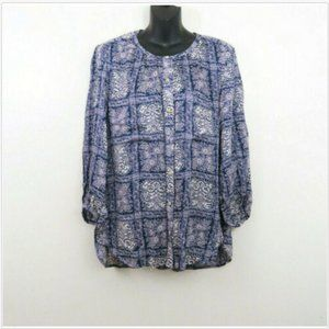 Akemi+Kin Medium 3/4 Sleeve Button Down Paisley